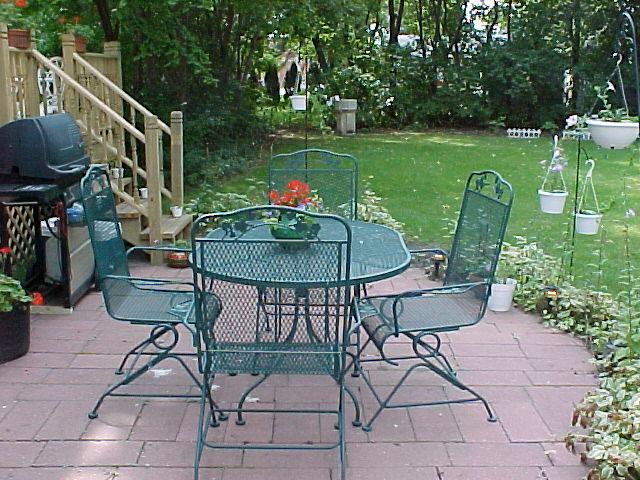 veranda.mvc-007f.jpg